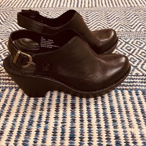 Born leather clogs with heel strap